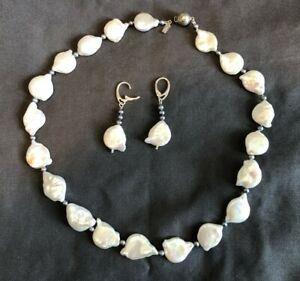 coin pearl necklace & earring set