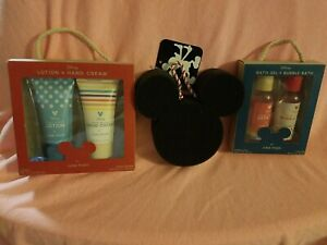 Disney Mickey Minnie & Friends Bath Fun Summer Camp Vacation Travel Disneyland