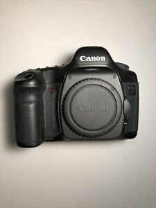 Canon EOS 5D Mark I Classic 12.8MP DSLR Camera - Body w/ battery Charger + 1gb