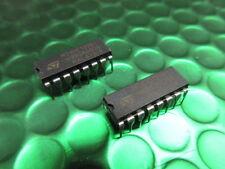2 x HD74LS123P Dual Retriggerable Monostable Multivibrato Hitachi DIP-16 2pcs