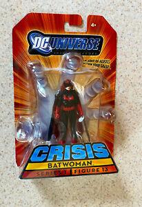 DC UNIVERSE CRISIS Series 1 (DC 2009) -- Batwoman Action Figure -- On Card AF