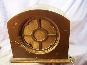 UTAH ANTIQUE RADIO SPEAKER WOODEN CABINET AS FOUND