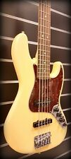 FENDER DELUXE ACTIVE JAZZ BASS V VINTAGE WHITE*DISCONTINUED&RARE*NOISELESS PU*