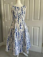 Boden Dress Size 10 White Blue Daisy Floral China Blue Pattern With Pockets