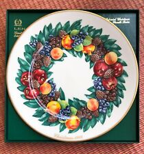 Complete Set 13 Lenox Colonies Christmas Wreath Plates With Display Rack
