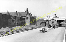 Etruria Railway Station Photo. Stoke on Trent to Hanley and Shelton Lines. (3)