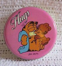 vintage garfield Hugs tin