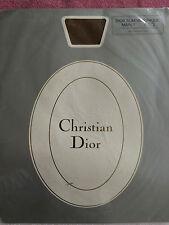 Collant DIOR SLIM VERONIQUE t. 1 8 1/2 modèle MARLY  avec SOIE NEUF et emballé