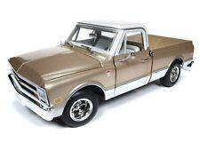 2019 1:18 AUTO WORLD AMERICAN MUSCLE *GOLD* 1968 Chevrolet C10 Fleetside NIB!