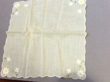 Vintage Hankie Sheer Yellow Scalloped Edge w Sweet Embroidered Daisies