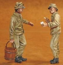 Czech Master 1/32 Japanese mechanics x 2 WWI # F32082