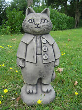Tom kitten Beatrix Potter stone garden ornament | Many more ornaments in my shop