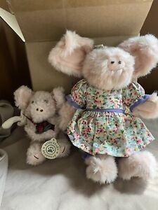 Boyd's Bear Pigs