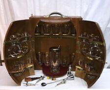 Vtg FULL Mid-Century Travel Bar Set PENNSYLVANIA CREST Wood Wine Barrel Case