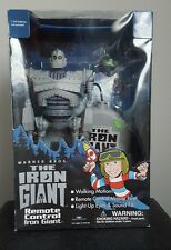 WB The Iron Giant Remote Control Light-Up Eyes & Sound FX Toy Trendmasters NEW