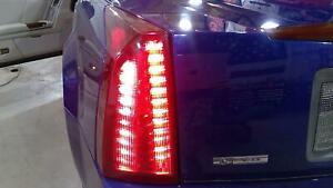 04-09 Cadillac XLR Driver Left Rear Turn Signal (Tested)