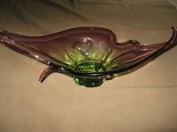 ART GLASS FLOWER ARRANGER