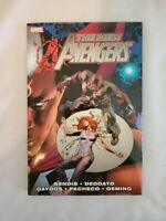 The New Avengers Hardcover Comic Book Marvel Original 25 Dollars Bendis Beodato