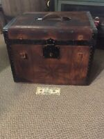 Antique Hat / 1880  Travel Steamer Trunk Rochester NY Hat Advertising 1/2 Trunk