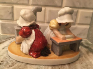 "Vintage Royal Bayreuth Sunbonnet Babies ""Saturday Baking"" Large Ceramic Figurine"