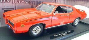 Motor Max 1/18 Scale Diecast 73100TC - 1969 Pontiac GTO Judge - Orange