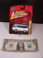 Johnny Lightning Car 1965 VW Transporter White/Green Polize Volkswagen  #18 Rare