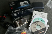 Panasonic LUMIX DMC-TZ7 Digitalkamera - Silber- Leica-Opt., TOP