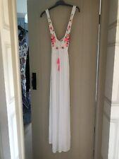 NWT White Embroidered Maxi Beach Dress Size Medium