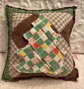 NEW Small Handmade Christmas Tree Pillow Tuck  Vintage Quilt Chenille  Cute!!