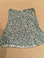 Sportsgirl Green Wrap Skirt with Floral Pattern Size 6