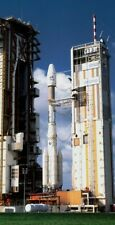 1/144 ESA Ariane 44L resin unbuilt scale model rocket kit