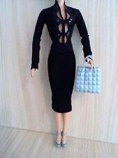 Barbie impresionante traje de modelo negro con una gran Bolso y Sandalias De Plataforma