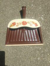 Vintage Metal Dustpan Dust Pan Brown Rust Orange Floral JV REED Louisville USA