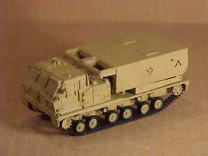 PANZERKAMPF #12073B 1/72 Lockheed Martin M270 MLRS, Desert Camouflage, US Army