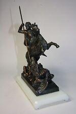 San Jorge de F. Masvidal. Escultura. Caballero con caballo. Guerrero.