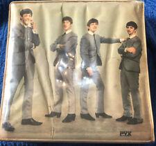 "The Beatles 7"" Vinyl Case With 16 Assorted Vinyles Circa 60s As In Description"