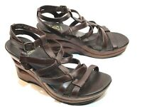 Decree Womens wedges heels With Buckle  Size 6 M  Brown