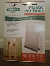 PetSafe Plastic Pet Door with Soft Tinted Flap, White, Medium, Brand New!
