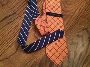 Tommy Hilfiger Mens Necktie Tie Geometric diamond Pattern Orange Silk New NWT