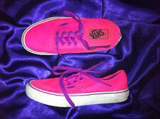 WOMENS VANS HOT PINK LACE UP SKATE SHOES SIZE: 6.5W/5M US GC
