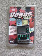 NEW 1998 MGA ENTERTAINMENT VEGAS BLACKJACK HANDHELD GAME FLIP TOP COVER FREE SH