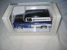 SpecCast 1957 Chevy Goodwrench Panel Van 1/25 # 78073