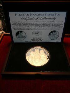 2014 House of Hanover silver 5 oz coin . 999 silver - 65 mm - 155.5 grams .