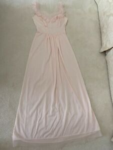 70s Pretty Pink Vintage Nightgown XS Beautiful Ruched Bodice with Embroidered Posies /& Quilted Inset VANITY FAIR