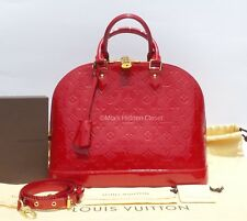 LOUIS VUITTON Vernis Alma MM Pomme D'Amour Red Patent Leather Tote Bag + Strap
