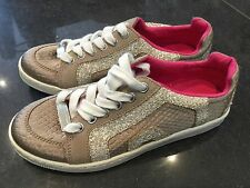 Juicy Couture New & Gen. Ladies Gold Suede/Satin Glitter Pumps UK 3.5 EU 36.5