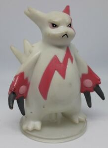 Figurine Pokémon Mangriff TOMY 2002 Zangoose B-12 no Pikachu Dracaufeu Mewtwo