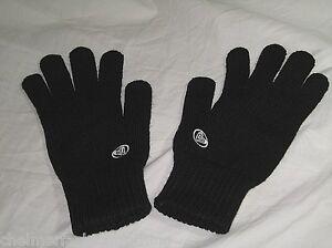 BNWOT  ROXY Ladies Knitted Winter Gloves  Black