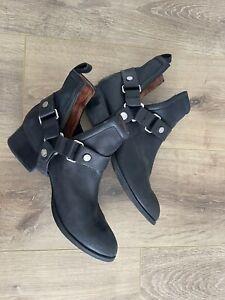 jeffrey campbell boots 8.5