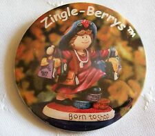 ZINGLE BERRYS  Promotional Pin Back Button BORN TO SHOP 1998 HOLLY BERRY
